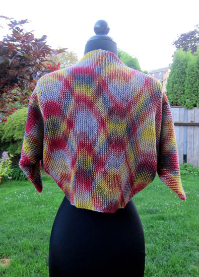 Color pooling on knit shawl